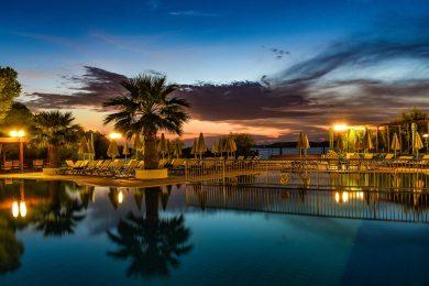 mediterranee-hotel-pool-02