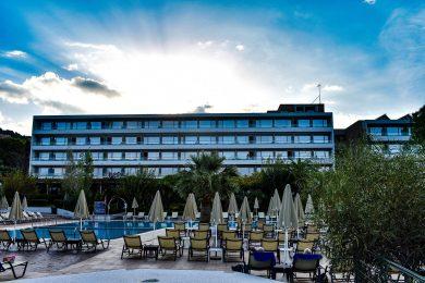 mediterranee-hotel-pool-03